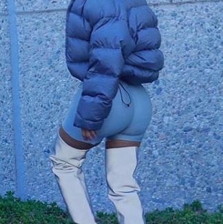 kim-kardashian-cycling-shorts-z